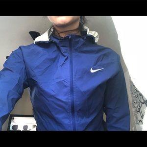 Women's Nike wind runner